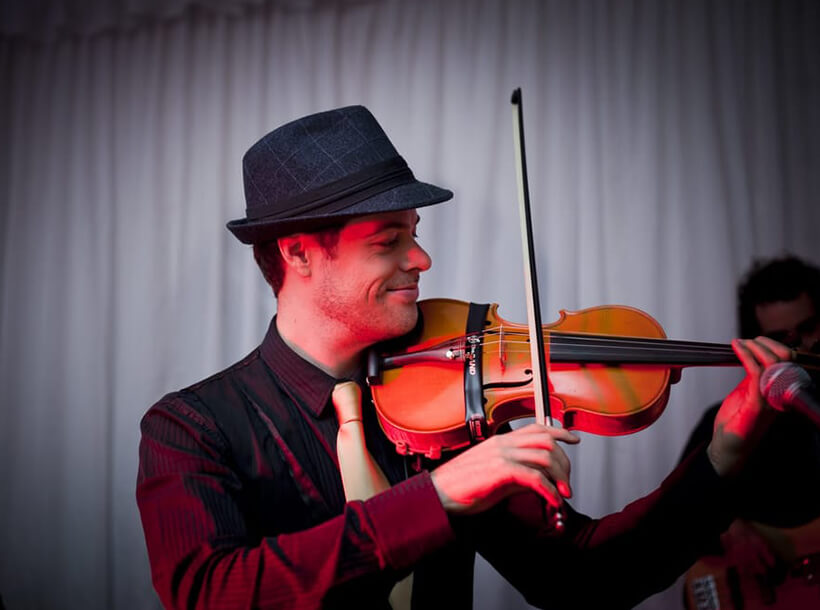 Musical Function Violinist