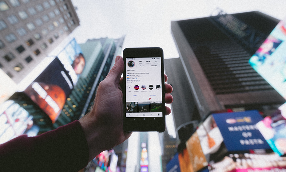 How to Grow Ecommerce Business Through Instagram Marketing
