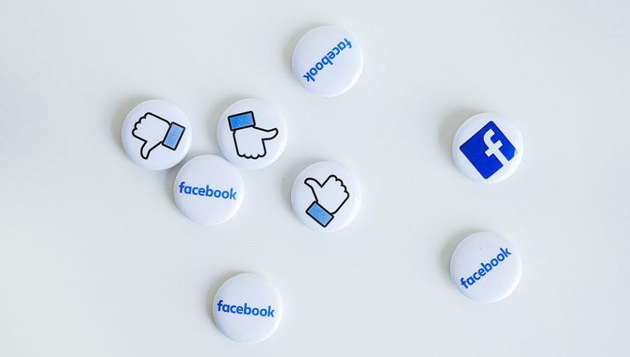 12 Use You Most Likely Didn't Know About Facebook Button